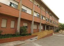 façana de l'escola Elvira Cuyàs