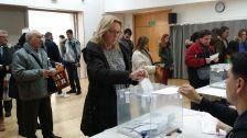 Votacions al Centre Cívic Can Cuiàs