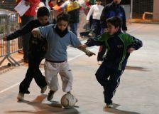 Activitat a la plaça de la Ribera