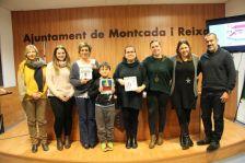 Fotografia de grup de la presentació del projecte de pictogrames